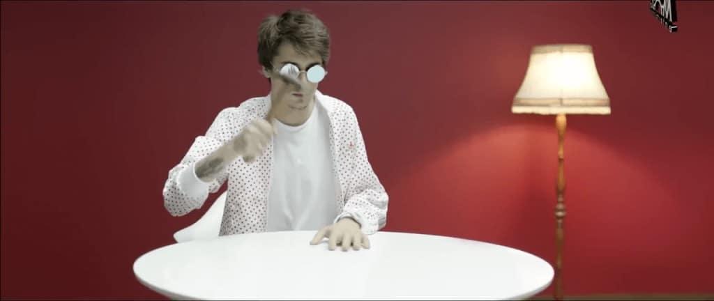 Кадр из клипа Время и Стекло - Имя 505