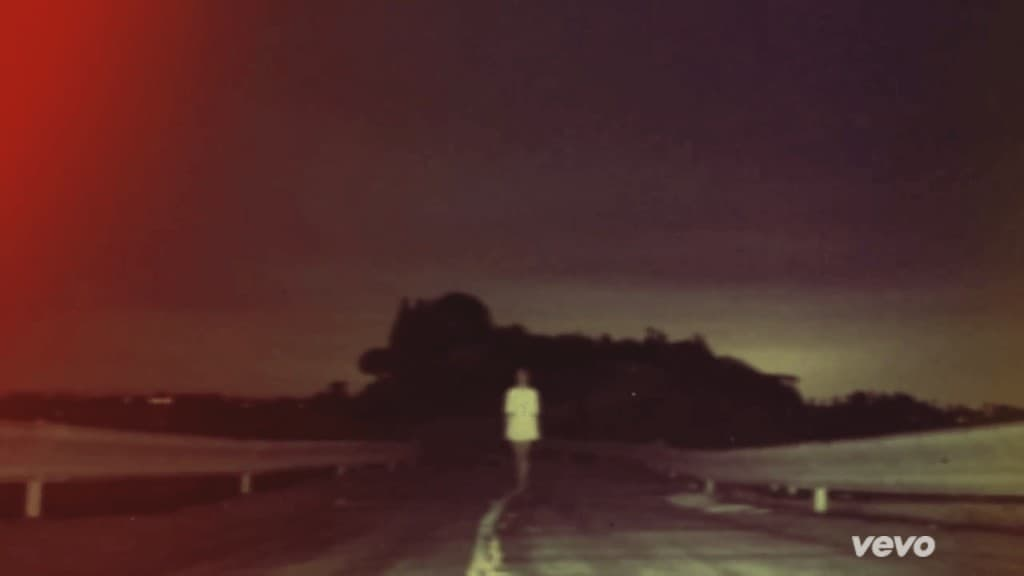 Смысл клипа Lana Del Rey - Summertime Sadness
