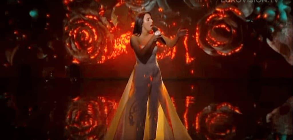 Джамала поёт песню 1944