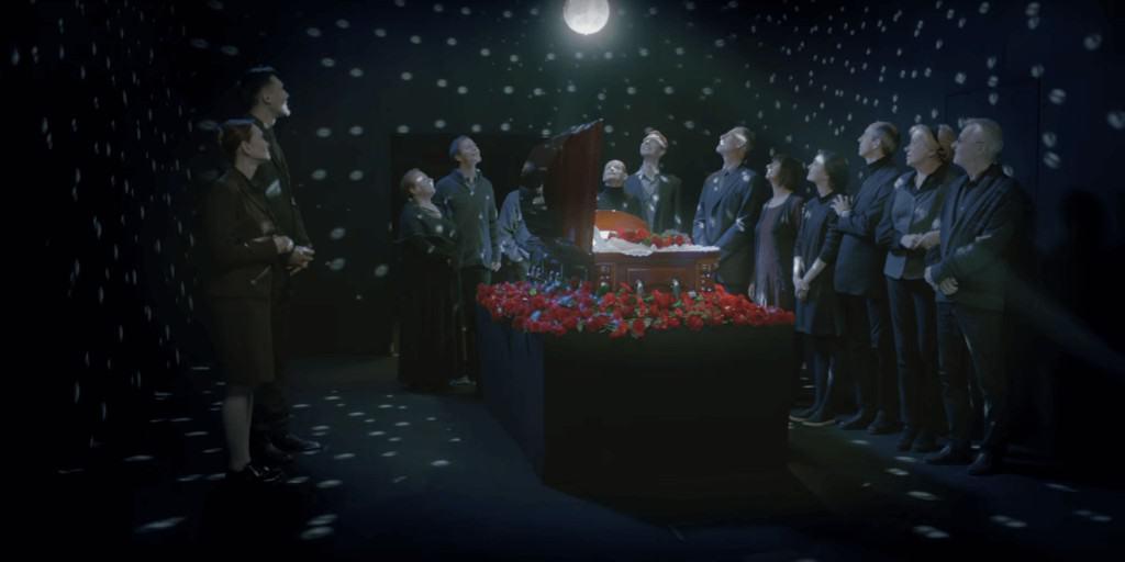 Смысл клипа Винтаж — Немного рекламы