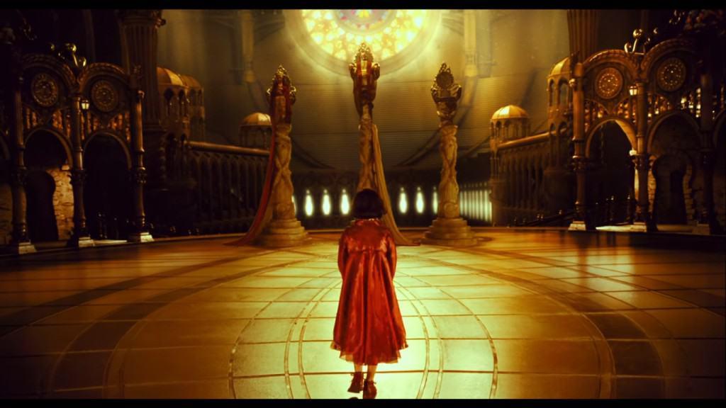 После смерти девочка попадает в подземное царство к своим родителям