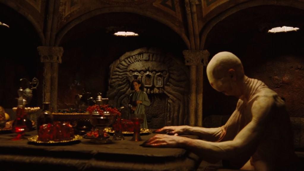 Офелия съедает виноградину и пробуждает Бледного человека