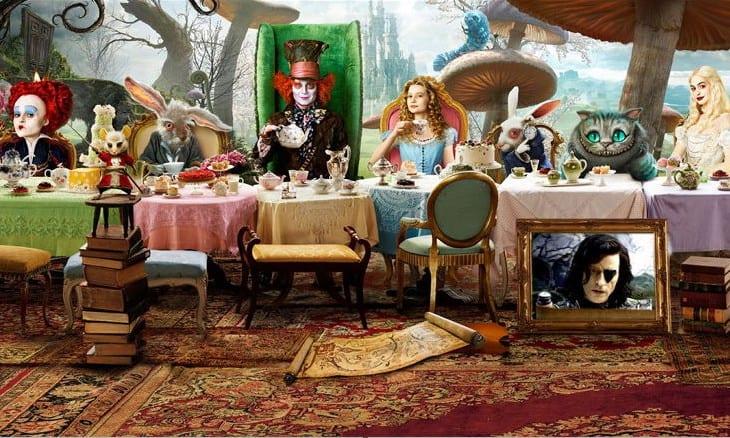 Алиса в Стране чудес (2010) - режиссёр Тим Бёртон