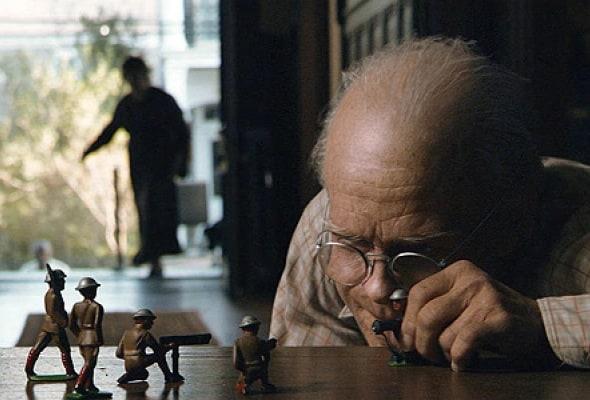 Загадочная история Бенджамина Баттона (2008) - смысл и объяснение сюжета фильма