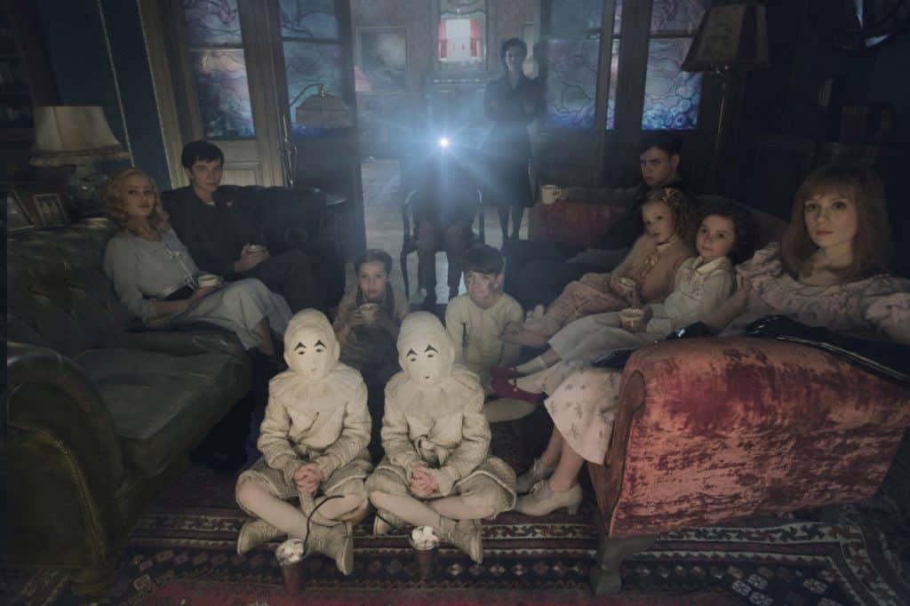 Дом странных детей Мисс Перегрин (2016) объяснение скрытого смысла
