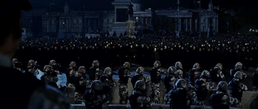 В этом фильме маска Гая Фокса - символ не только протеста, но и народного единства