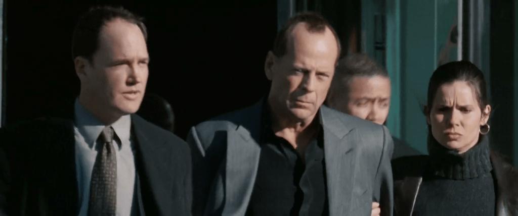 Ровена добивается успеха: обвиняет Хилла в совершенном ею убийстве