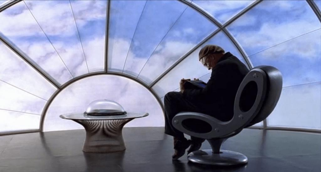 "Даже кабинет Кристофа расположен ""под облаками"""