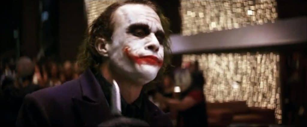 Трилогия о Бэтмене объяснение скрытого философского и психологического смысла