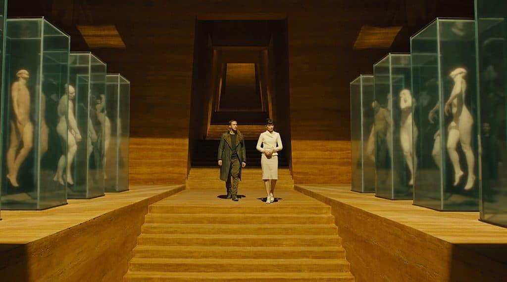 Бегущий по лезвию, объяснение смысла сюжета фильма и концовки
